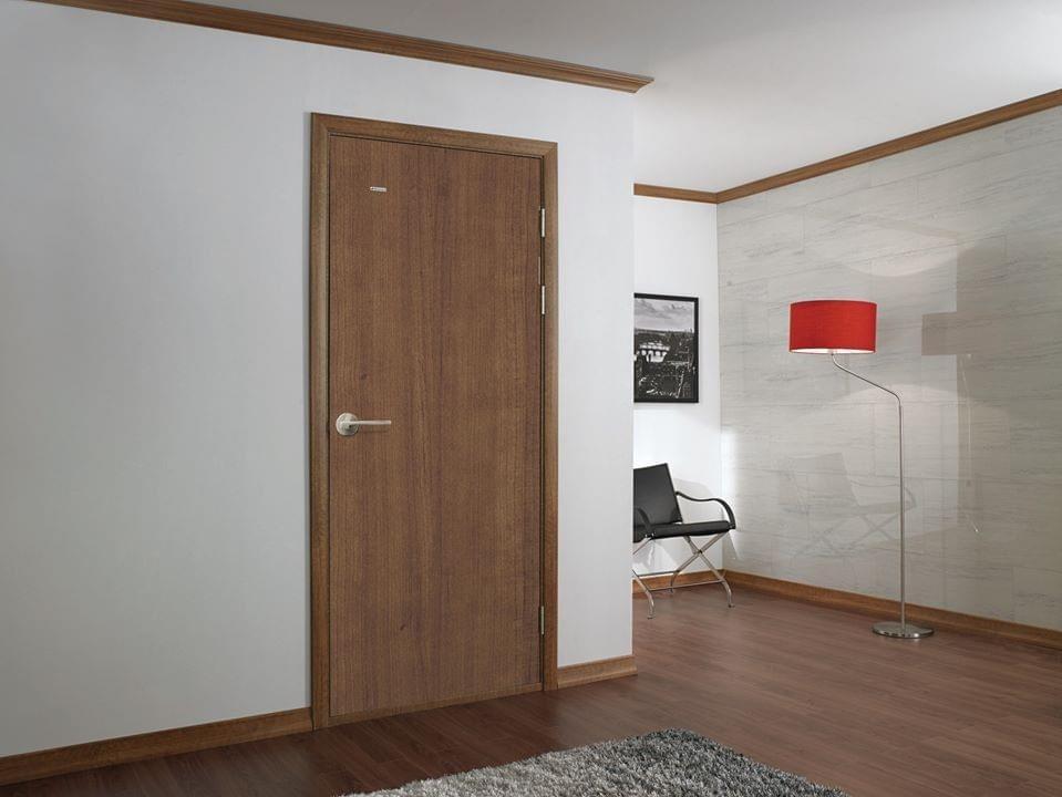 Chọn màu cho cửa chính và cửa thông phòng