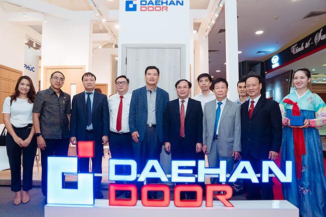 Daehan Door tham gia Triễn lãm Quốc Tế VietBuild Hà Nội 2019